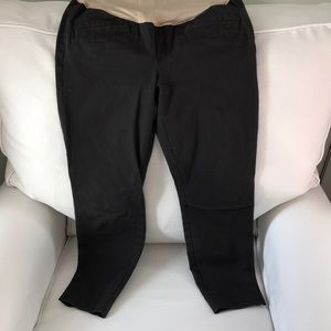 Gap skinny ankle maternity pants with full panel